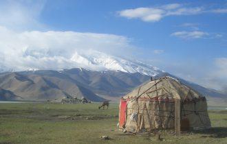 טיול לקירגיזסטן - כולל טג'יקיסטן ופסטיבל 'גג העולם'